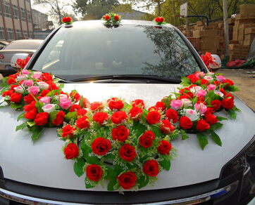 Wedding Car Decoration With Flowers  from www.thebloomoutlet.com