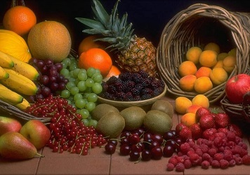 Get Your Fruits Basket Singapore from the Florist Online