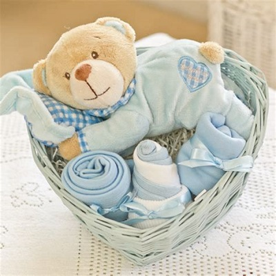 Charming Baby Shower Hamper Ideas