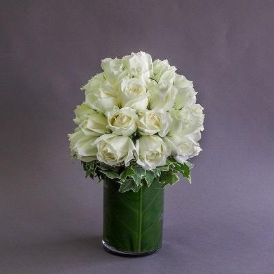 white roses arrangement