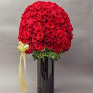 101 roses vase bouquet